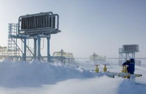 Gazprom baut Gasbrücke Nord mit Pipeline und LNG aus.