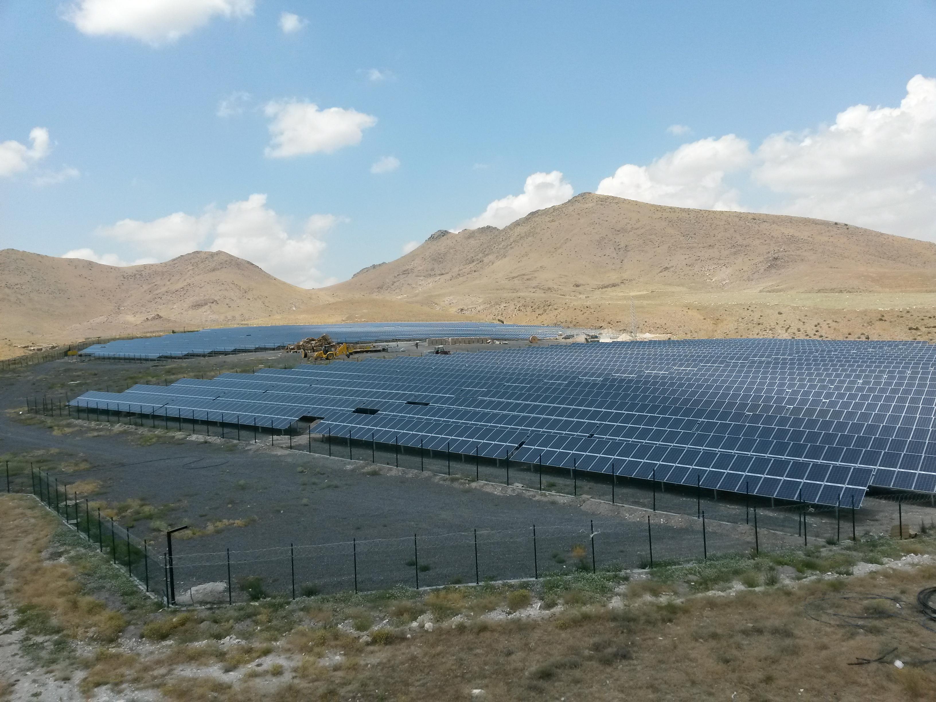 Photovoltaik und Windkraft in der Türkei ziehen an